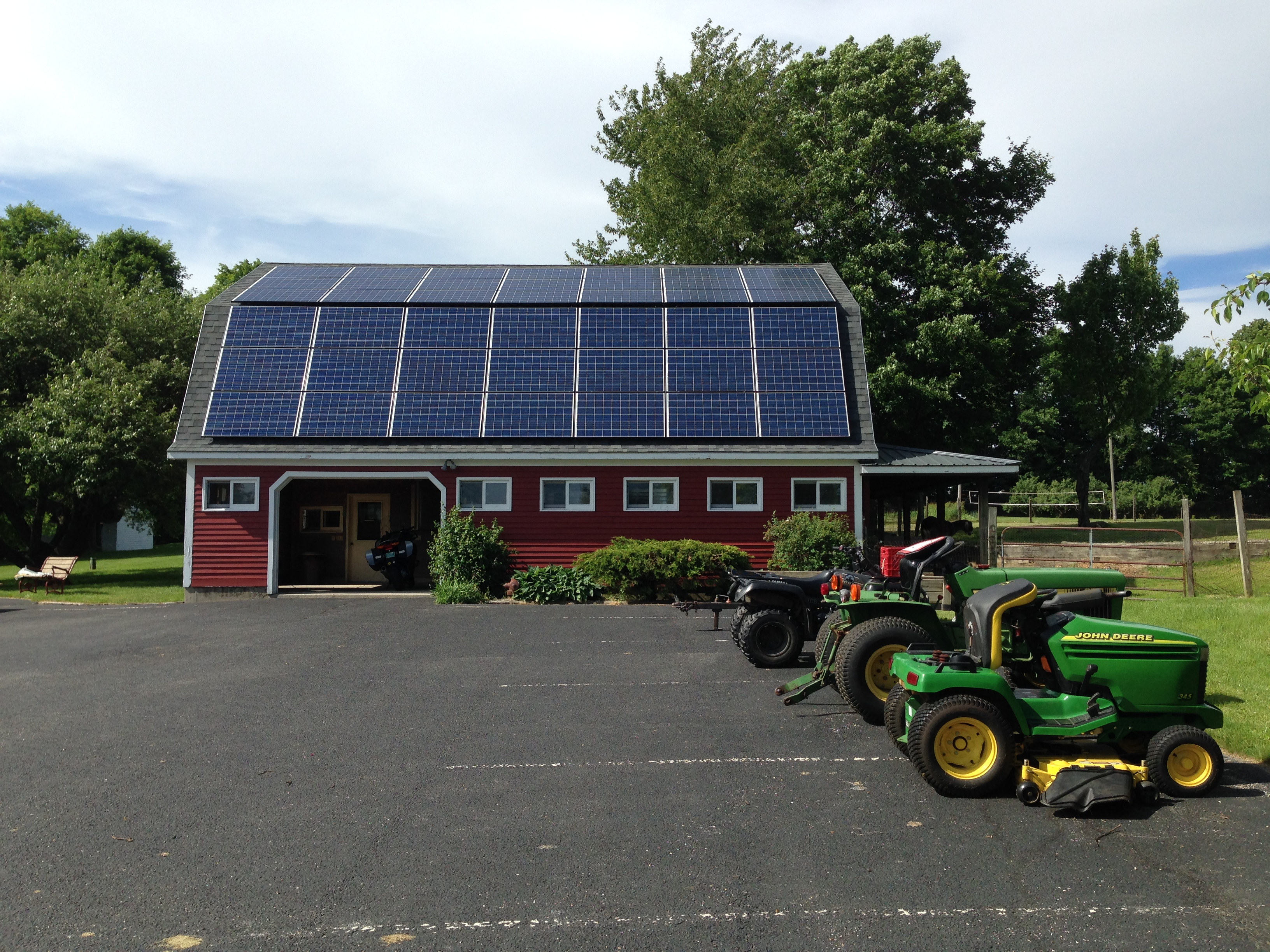 Solar PV systemon a gambrel roof in Shaftsbury Vermont